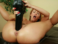Janet tit fucks this thick dildo and plug her wet pussy with it!