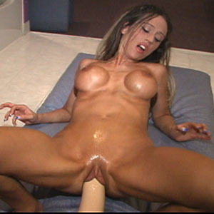 Shannen stuffing her pussy retreat a brutal dildo