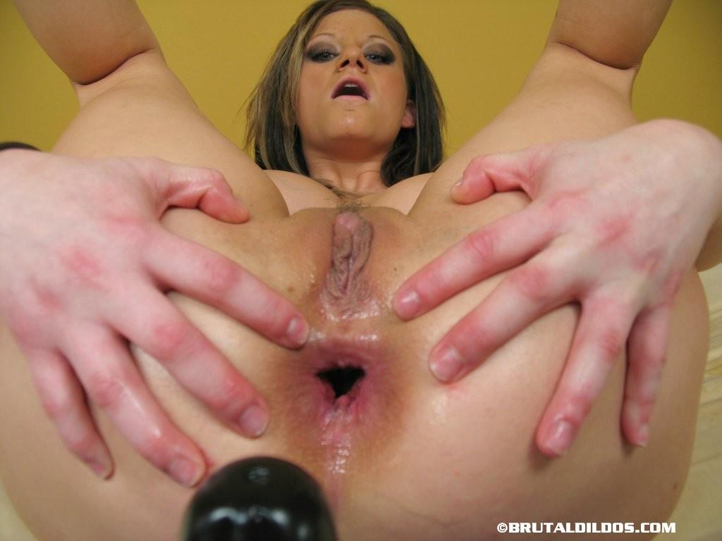 Cock sucking sperm shooting